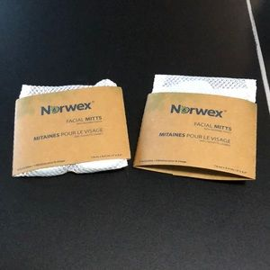 New Norwex Facial Mitts 1 pack